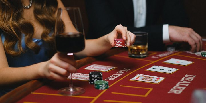 Some Common Signs That You May Be Addicted To Gambling